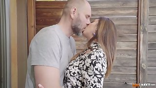 Mexican chick Frida Sante is fucked by hot blooded brutal Nacho Vidal