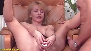 Hot Mom Gets Shaved And Big Dick Fucked