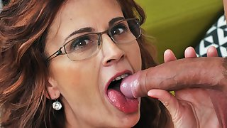Sexy make less painful mama on younger dick