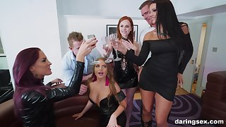 Jolee Love increased by her slutty friends team up on one dick
