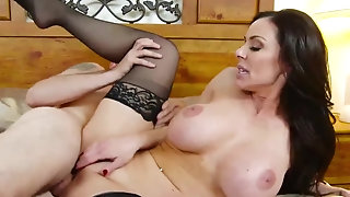 Stepmom Kendra zeal flashes Her stunning pantyhose porntube
