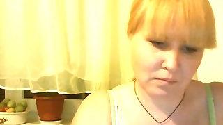 Platinum-blonde cougar with cock-squeezing figure Tamara mildly massages herself sexvideo