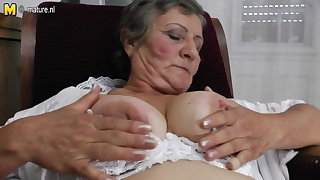 Hairy granny still works her soiled pussy