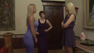 Hardcore mature lesbian porn eminence threesome with Bree Daniels