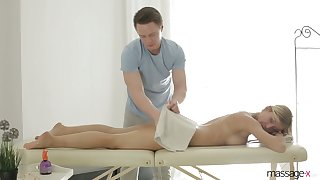 Big tittied and bootyful milf Rita Onset gets intimate almost her new masseur