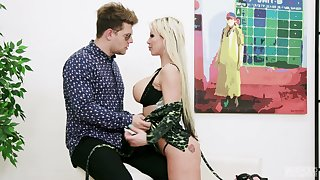 Two big cocks invade anus and pussy of nasty busty blonde Barbie Sins