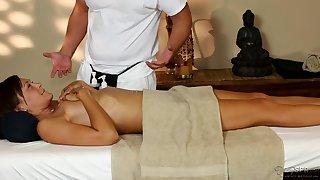 Shy slender vixen hot massage porn video