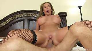 Mature Richelle Ryan in stockings loves to ride hard shafts
