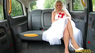 Bride to be ends up getting laid with the taxi drive r